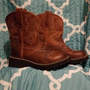 Ariat Fat Baby Boots with heart detail size 8